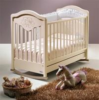 Кроватка-маятник Gioco Lux