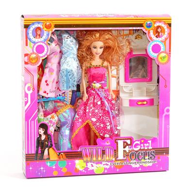 Кукла Виви с туалетным столиком и гардеробом