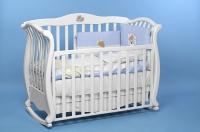 Кроватка -качалка Andrea Vip Lux cо стразами