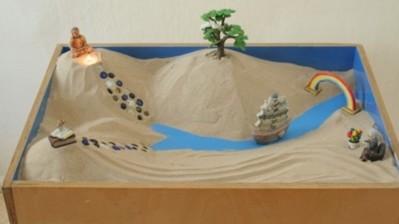 Набор Деревянная песочница + Космический песок Сиреневый (6 кг) 043363