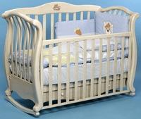 Кроватка-маятник Andrea Vip Baby Italia